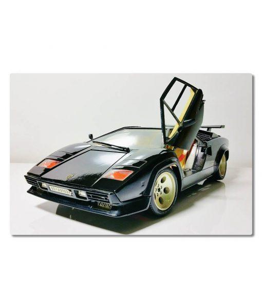 Lamborghini_urheiluauto_vaaka